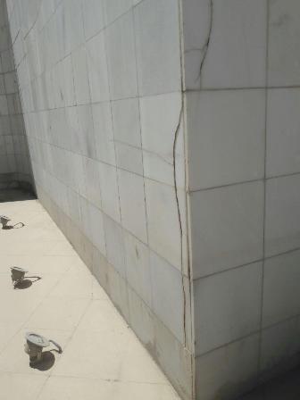 فرو ریختن دیواره های پارک سراب بعد از یکسال از زمان افتتاح